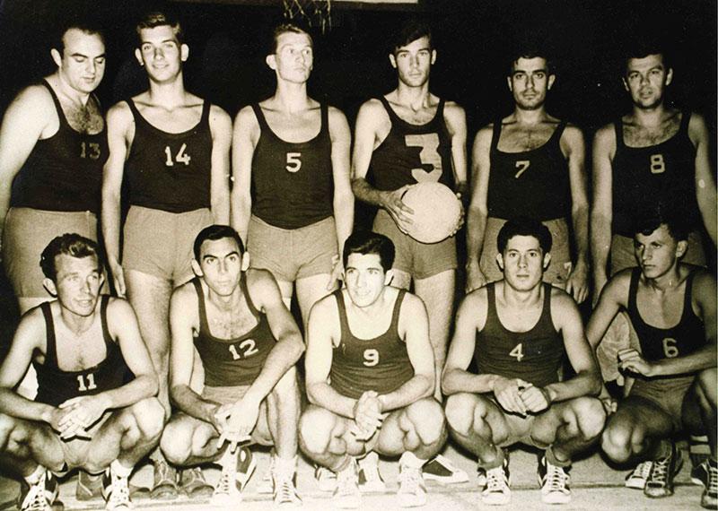 Ekipa KK Dinamo koja je ušla u Prvu ligu 1960. godine.